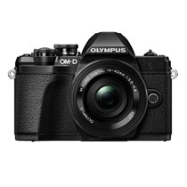 Olympus OM-D E-M10 Mark III with 14-42 mm Lens